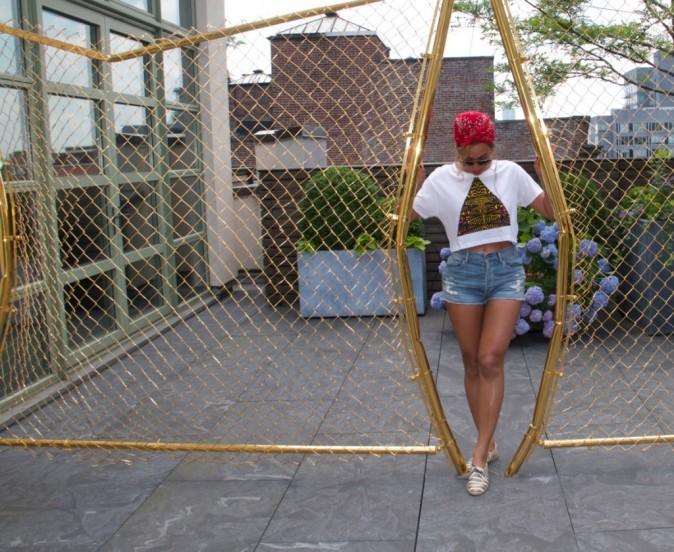 Beyoncé : en mini short, elle dévoile des jambes parfaites !