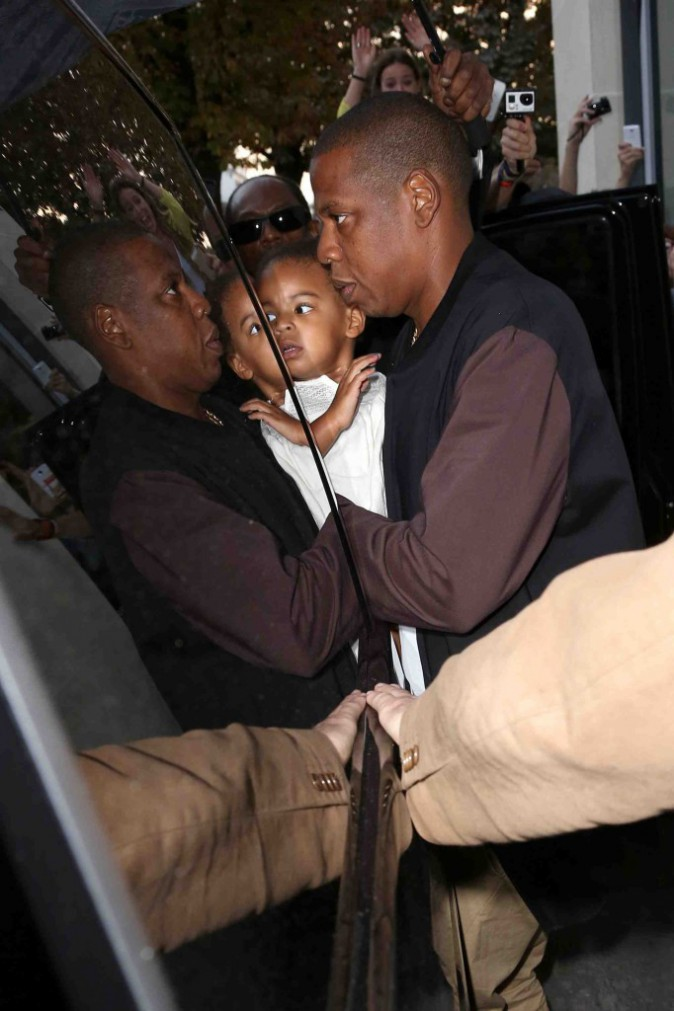 "Beyoncé et Jay Z : toujours ""Crazy In Love"" dans leur premier mini-film ""Bang Bang"" !"
