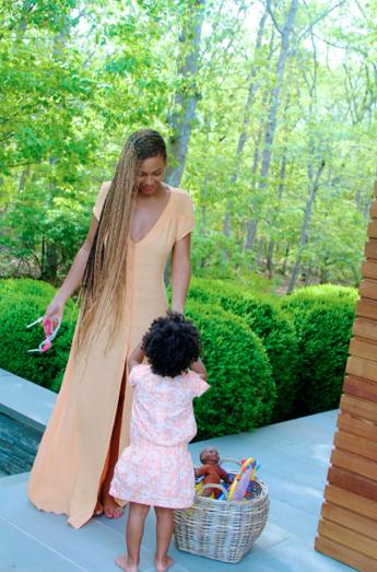 Photos : Beyoncé : loin du scandale, la Queen nous fait partager ses précieux moments avec Blue Ivy !