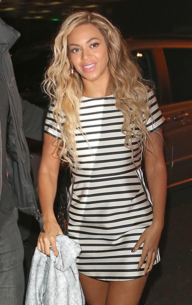 Beyoncé arrive à l'Arts Club à Londres, le 6 mars 2014.