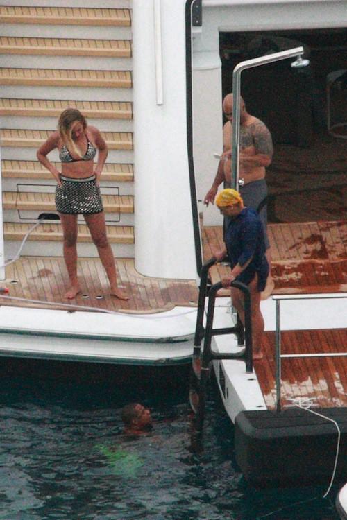 Photos : Beyoncé : Queen B fête son anniversaire en famille et en maillot sur son yacht !