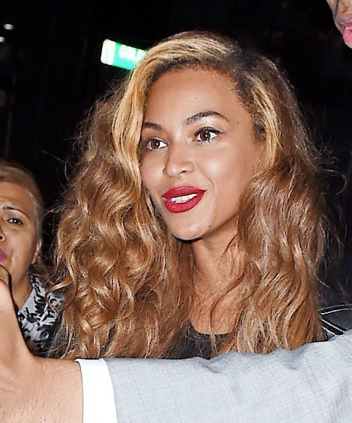 Photos : Beyoncé, sexy working girl à New York !