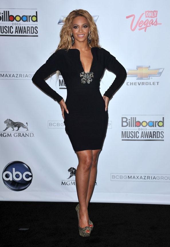 Beyoncé au sommet n'est pas du genre à oublier ses copines!