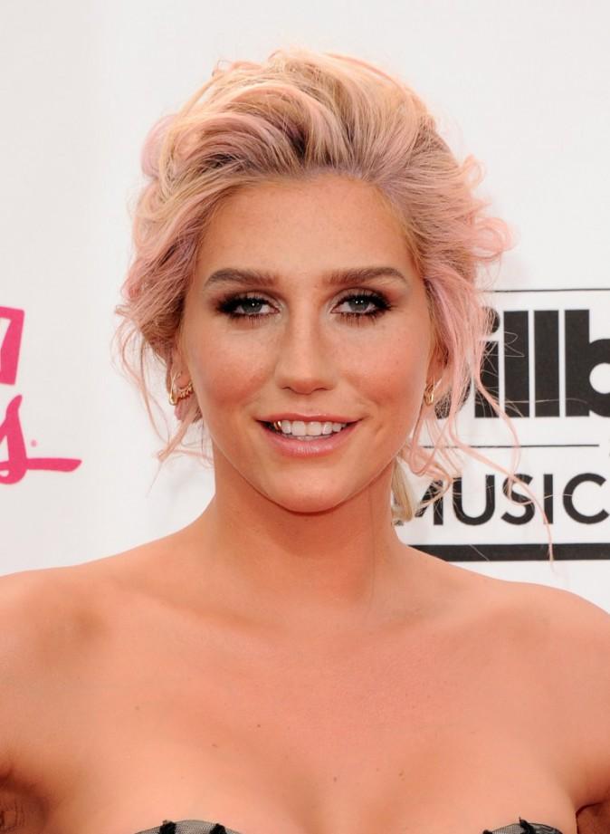 Photos : Billboard Music Awards 2014 : Ke$ha : sexy et gonflée à bloc pour son grand retour médiatique !