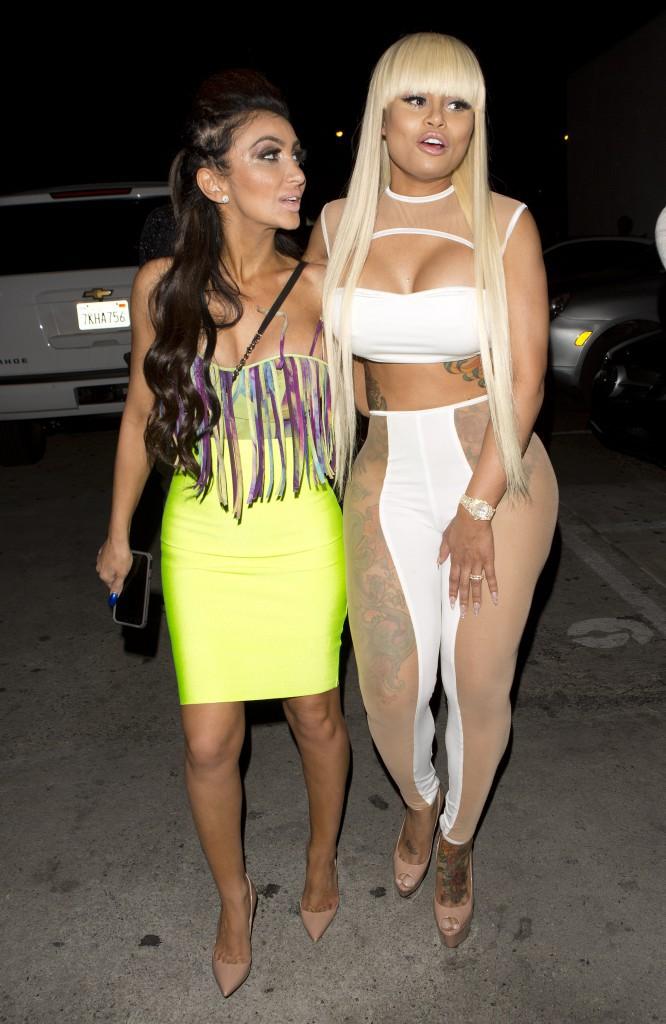 Photos : Blac Chyna : l'ennemie jurée de Kylie Jenner copie son look !