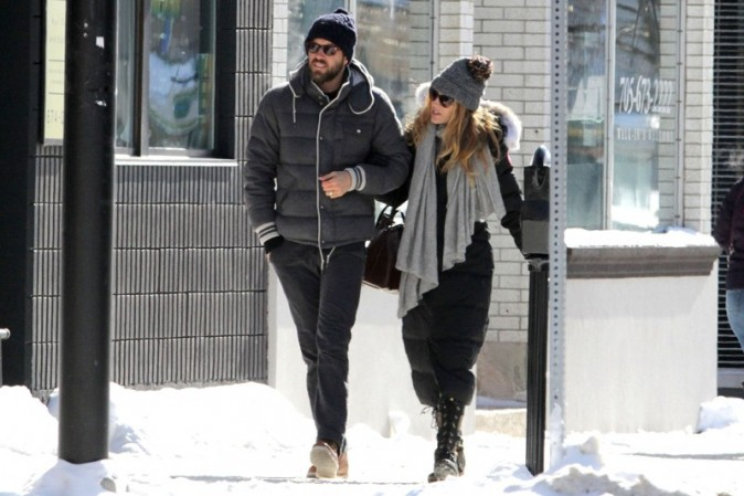 Blake Lively avec Ryan Reynolds en Ontario, au Canada, le 9 février 2013
