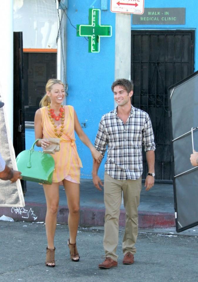 Blake Lively et Chace Crawford sur le tournage de Gossip Girl à Venice Beach en Californie, le 4 août 2011.