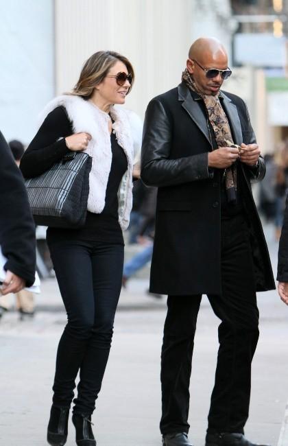 Elizabeth Hurley sur le plateau de tournage de Gossip Girl, le 1er février 2012.
