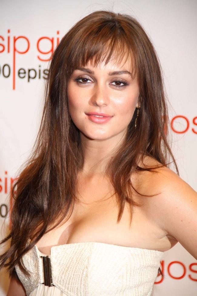 La brunette, aussi jolie que sa co-star ?