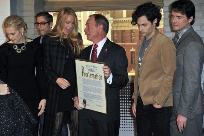 Avec le maire Michael Bloomberg et ses co-stars de la série