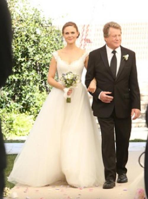 Photos : Bones : découvrez toutes les photos du mariage de Brennan et Booth (spoiler) !