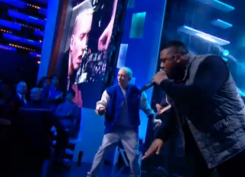 Photos : Booba parle de la France raciste, Eminem rappe comme un Dieu au Grand Journal !