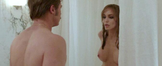 Angolina jolie scènes de sexe
