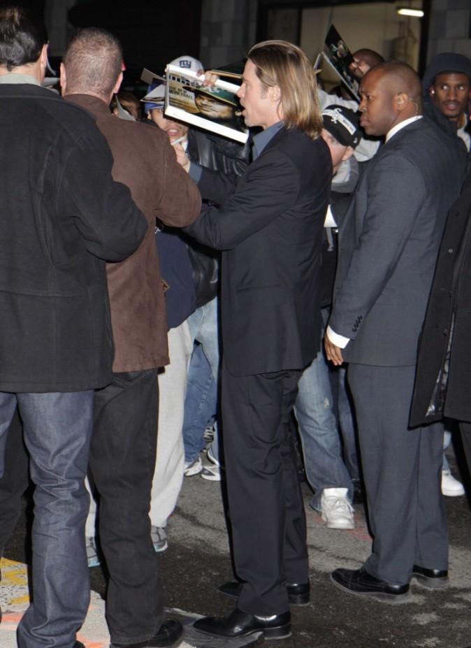 Brad Pitt se rendant sur le plateau du John Stewart Show à New York, le 1er février 2012.