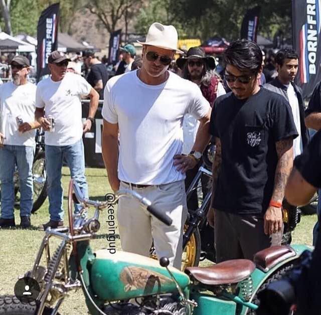 Brad Pitt est fan des motos