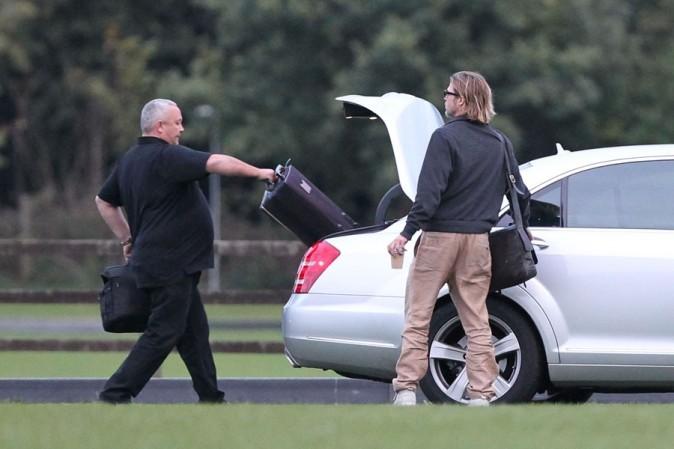 Chanceux, Brad Pitt se fait conduire jusqu'à l'héliport