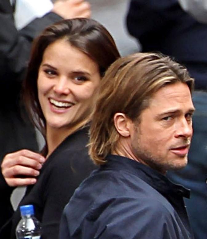 L'assistante de Brad Pitt semble dingue de lui !