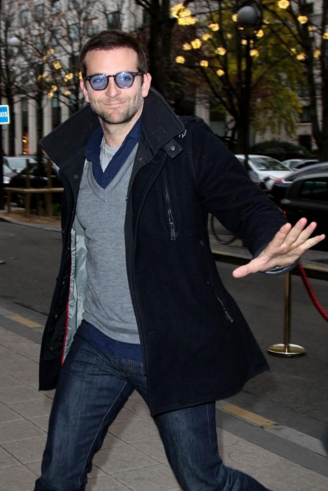 Ce n'est pas Bono de U2 mais Bradley Cooper !