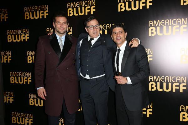 Bradley Cooper, David O. Russel et Saïd Taghmaoui lors de la première du film American Bluff à Paris, le 3 février 2014.
