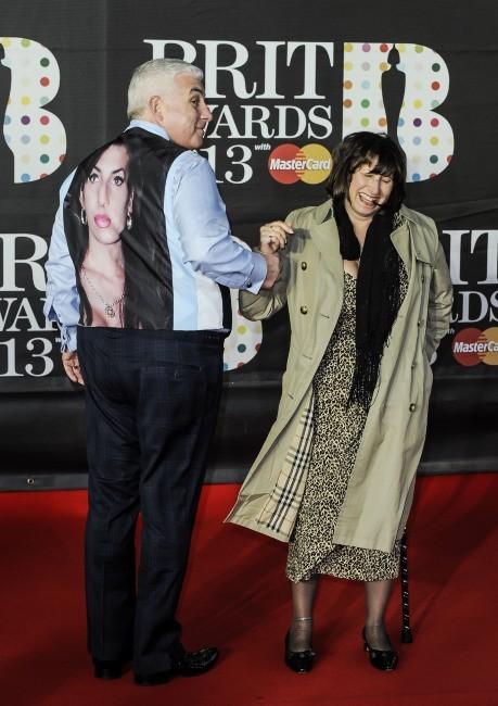 Mitch et Janis Winehouse le 20 février 2013 à Londres