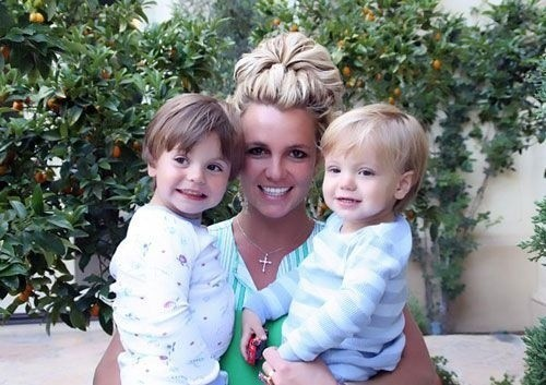 Un gros câlin de maman Britney