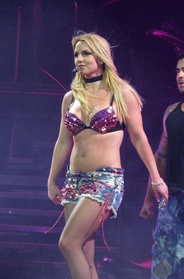 Britney Spears hier sur la scène de l'O2 Arena de Londres !