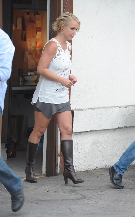 Photos :  Britney Spears : en pleine grève du sourire... elle ne semble pas être au top de sa forme !
