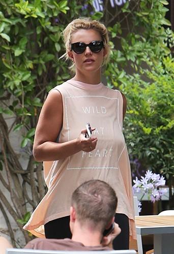 Britney Spears à Westlake Village le 1er juillet 2013