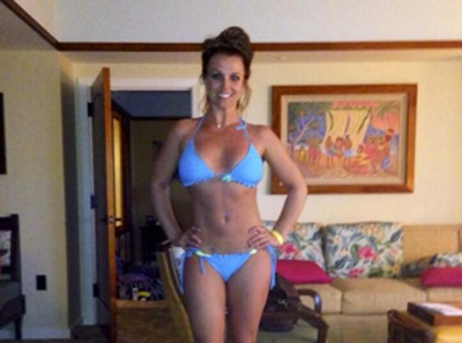 Photos : Britney Spears : fière de son bikini body à Hawaï !