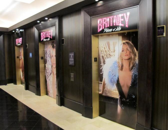 Les ascenseurs du Planet Hollywood de Las Vegas spécial Britney !