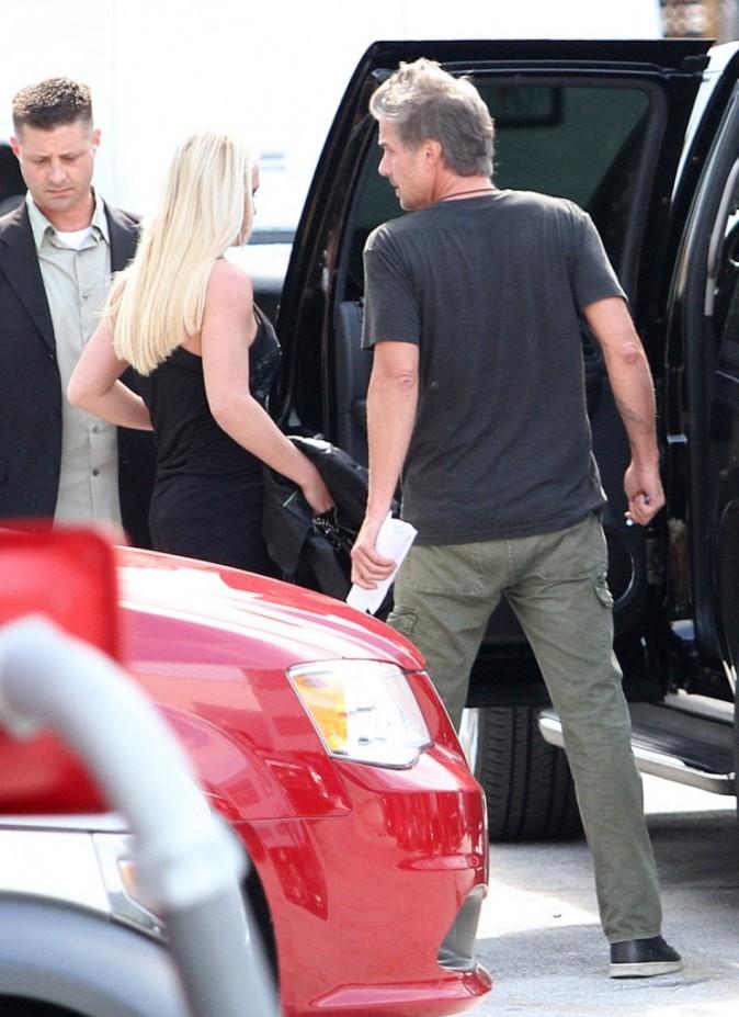 Britney Spears et Jason Trawick à Miami, le 23 juillet 2012.