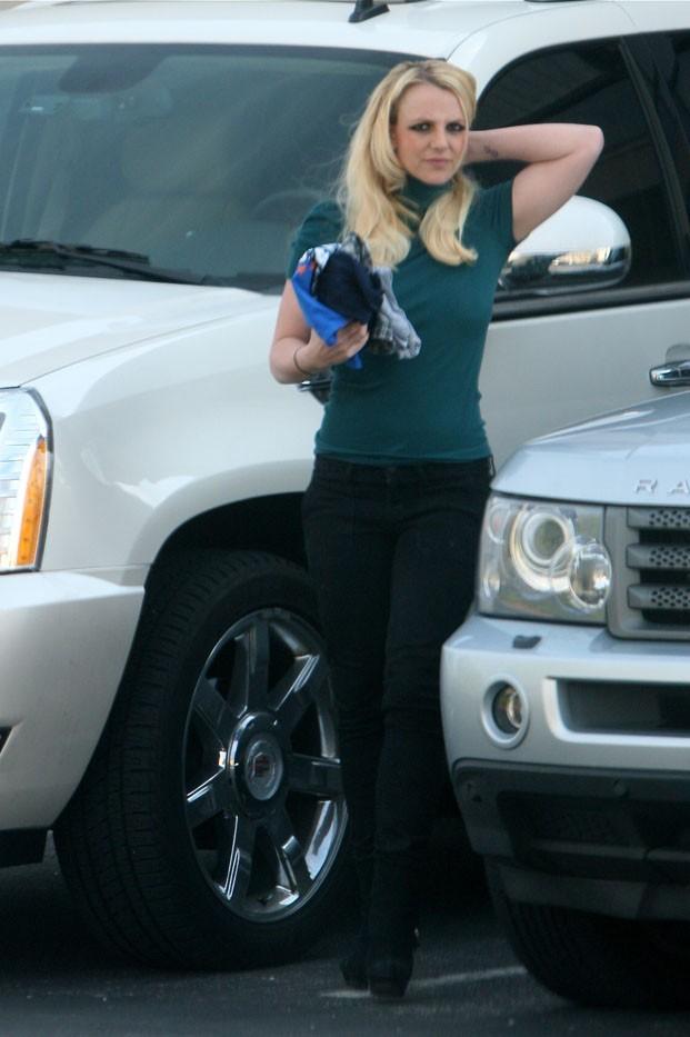 Britney Spears reperée hier à Los Angeles