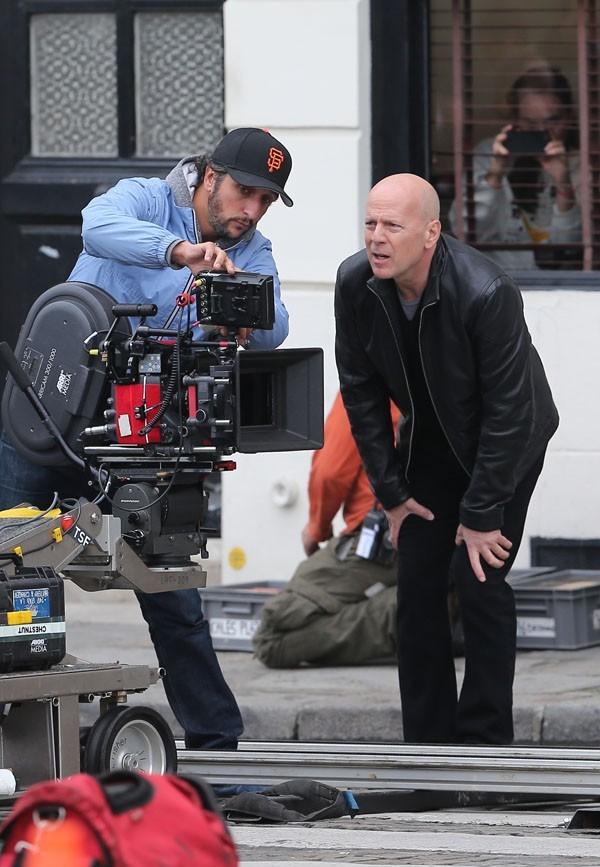 Bruce Willis en tournage à Paris le 10 octobre 2012