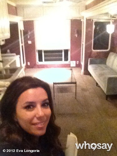 Eva dans sa loge