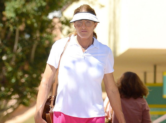 Photos : Caitlyn Jenner girly en rose, n'en déplaise à Kris Jenner !