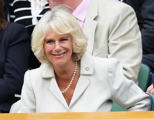 Camilla Parker Bowles radieuse à Wimbledon alors que Kate doit accoucher