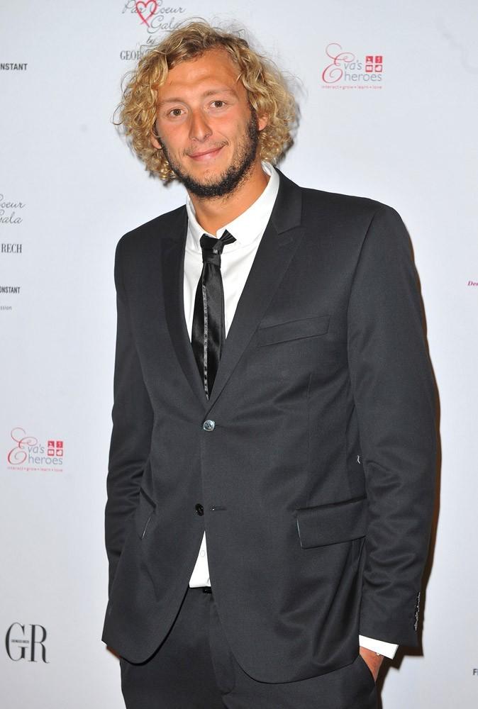 Amaury Leveaux : il a davantage un look de surfeur, non ?