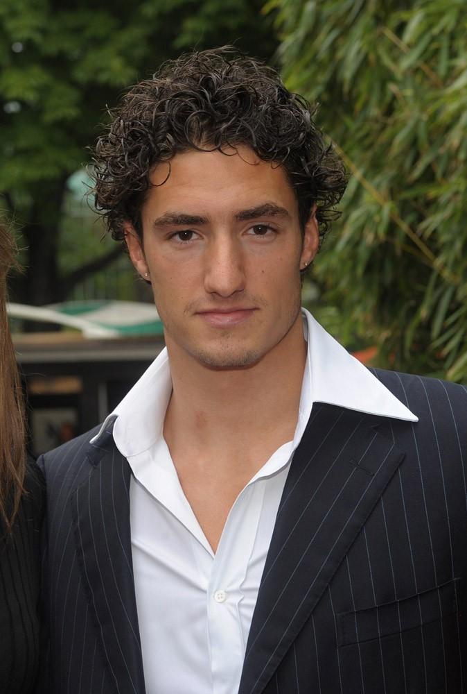 Trouvez-vous Benjamin Stasiulis sexy ?