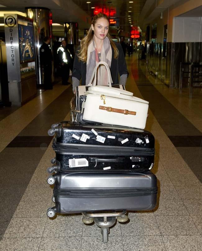 Candice Swanepoel à l'aéroport de la Guardia de New-York le 7 février 2013