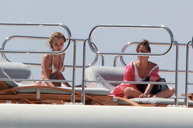 Cara Delevingne à Ibiza le 13 août 2014