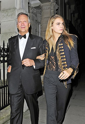 Cara Delevingne et son père à Londres le 10 février 2014