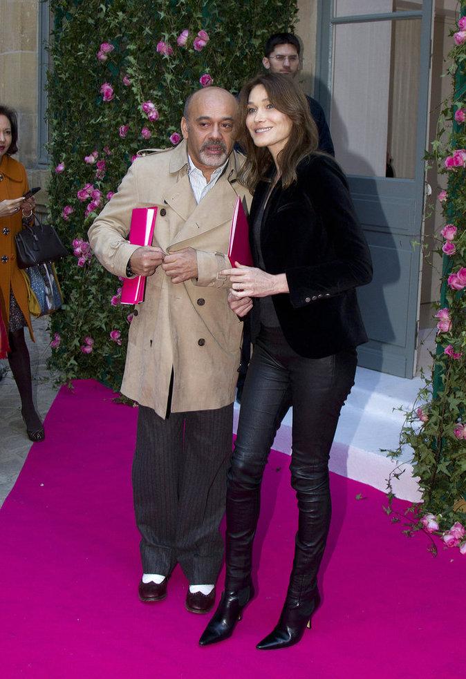 Photos : Carla Bruni et Christian Louboutin, entre amis chez Schiaparelli