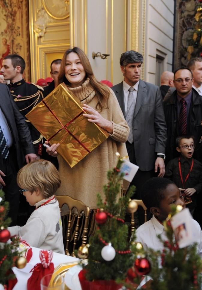 Carla Bruni lors du Noël de l'Elysée...