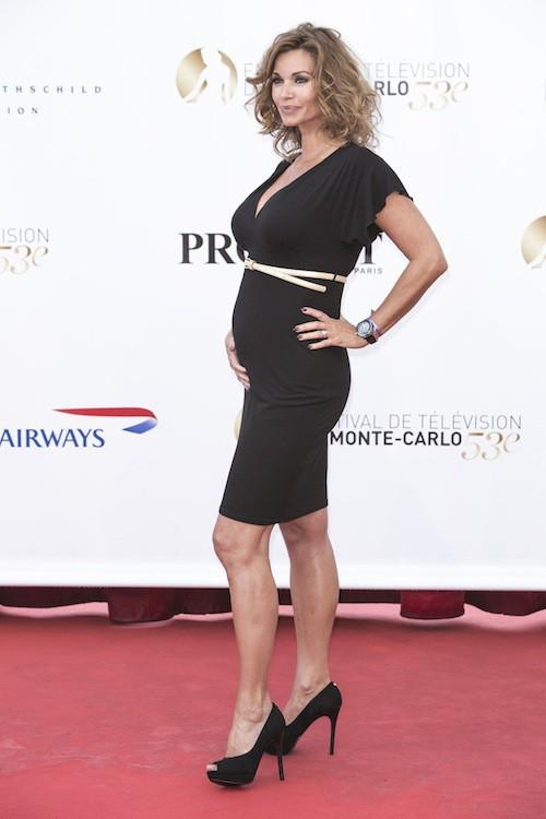 Photos : Carla Bruni, Madonna, Fergie, Halle Berry : un bébé à 40 ans, une tendance qui perdure !
