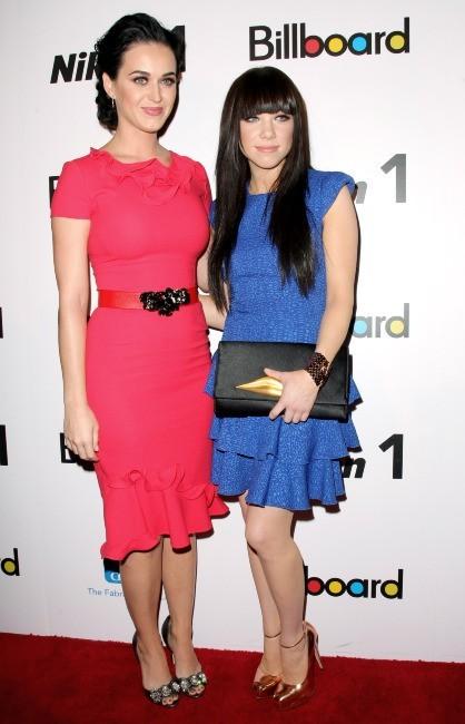 Carly Rae Jepsen et Katy Perry le 30 novembre 2012 à New York