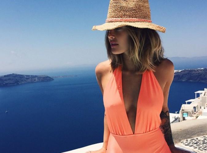 Caroline Receveur : la globe-trotteuse fait des ravages en Grèce !