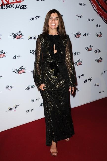 """Carine Roitfeld lors de la soirée """"Lancôme Show by Alber Elbaz"""" à Paris, le 2 juillet 2013."""
