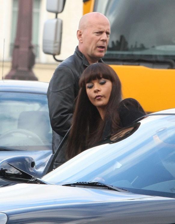 Catherine Zeta-Jones sur le tournage de Red 2 à Paris avec Bruce Willis