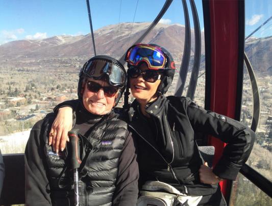 Catherine Zeta Jones et Michael Douglas : ils célèbrent leurs 15 ans de mariage à Aspen !