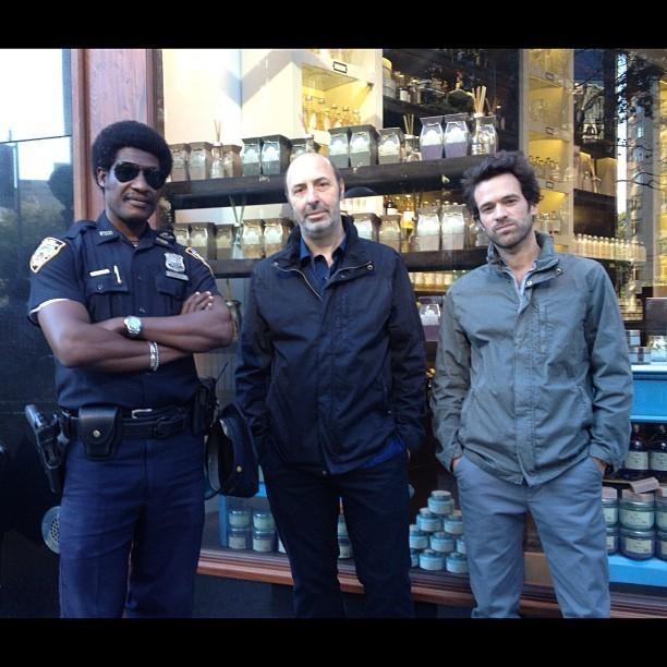 Avec un policier New Yorkais